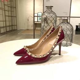 Vente en gros marque femmes été mariage entreprise chaussures à talons hauts avec des pointes plus de couleurs choisir en cuir véritable bonne qualité couleur mocassins chaussures