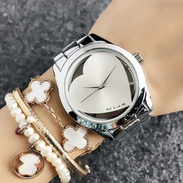 Gold heart shaped Glasses online shopping - Fashion M design Brand women s Girl Heart shaped hollow style Metal steel band Quartz Wrist Watch M60