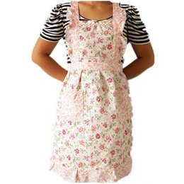 Wholesale lovely pet Women Home Kitchen Cooking Bib Flower Style Pocket Lace Apron Dress nov29