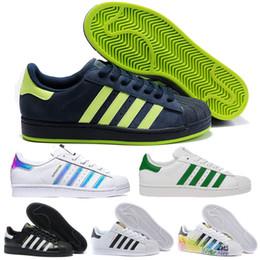 outlet store 24fce 231ed 2018 Originals Adidas Superstar Blanco Hologram Iridescent Junior Superstars  80s Pride Sneakers Super Star Mujeres Hombre Deporte Running Zapatos 36-44