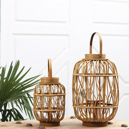 Wholesale Naturn Woven Rattan Candle Lantern with Glass Cylinder Traditional Chinese Hurricane Lamp Creative Home Decor Handicraft Gifts