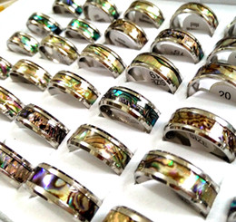 $enCountryForm.capitalKeyWord NZ - Wholesale 50pcs Unique Vintage Men Women Real Shell Stainless Steel Rings 8mm Band Colorful Beautiful Wedding Rings Seaside Party Jewelry