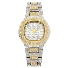 Reloj de pulsera de cuarzo para mujer de oro Relojes de pulsera de moda Reloj de pulsera de diamante para mujer de acero inoxidable Niñas Horas de reloj en venta