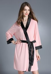 Chinese  Women Modal Cotton Kimono Robe Sexy Floral Trim Patchwork Lingerie Nightgown Sleepwear Chemises Elegant Bathrobe Patchwork Couples Homewear manufacturers