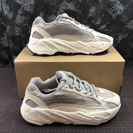 7f079f2675ab For sales!! 2019 kanye west 700 V2 static sneakers mens designer shoes  sneaker shoes man running shoes men trainers shoe designer sneakers