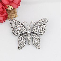 $enCountryForm.capitalKeyWord Canada - 2018 New High Quailty butterfly brooch brooch ancient jewelry female fashion big pin wild shawl buckle FOGGY A152928