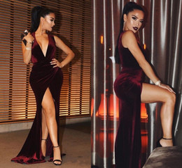$enCountryForm.capitalKeyWord NZ - New Sexy Burgundy Michael Costello Prom Dresses 2018 Plunging V Neck Mermaid High Side Split Custom Made Evening Gowns Velvet Party Dresses