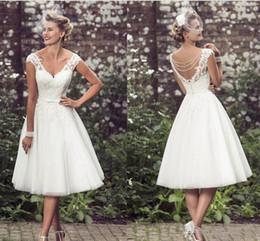 Discount tea length elegant beach dresses - 2017 Elegant Tea-Length Wedding Dresses V Neck Cap Sleeves Appliques Lace Tulle Ball Bridal Gown Short Wedding Dresses