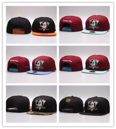 anaheim mighty ducks snapback Canada - Hot Fashion Wholesale retail NHL Mighty Hockey Snapback Hats Anaheim Ducks bone cap Flat Fashion sports Cheap mens & women baseball caps