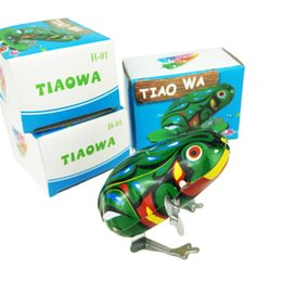 China Kids Classic Tin Wind Up Clockwork Toys Jumping Frog Vintage Toy For Children Boys Educational Free Shipping Wholesale suppliers