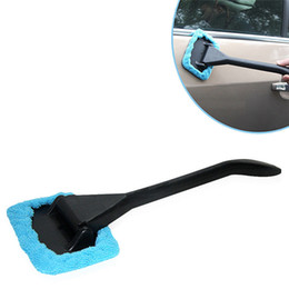 Chinese  Microfiber Windshield Cleaner Car Window Brush Auto Vehicle Long Handle Glass Wiper Cleaning Towel Brush Windshield Shine Care Dust Remover manufacturers