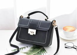 06d1b151319d лето Ins супер огонь новая девушка маленькая сумка корейской версии фея  Messenger косметический мешок