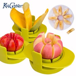 $enCountryForm.capitalKeyWord NZ - wholesale Creative Fruit Cutter Set Multiuse Slicers Tomato Apple Mango Cutters 3-in-1 Fruit Cutting Molds