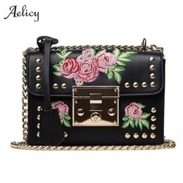 $enCountryForm.capitalKeyWord Canada - Aelicy 2017 Embroidery Rose Women Roses Handbag Tote Shoulder Bag Flap Bag Designer PU Leather Handbag Bolsa Feminina 0916