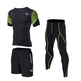 Men Gym Clothes Canada - Quick Dry 2018 Compression Men Running Sets Sport Gym Fitness Suit Yoga Jogging Running Set Soccer Basketball Clothes 3pices set