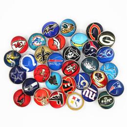 d70c549d6 32 unids Mix Football Team Sports Charms 18mm Reemplazable Ginger Glass  Snap Buttons Fit Broches BraceletsBangles Joyería DIY