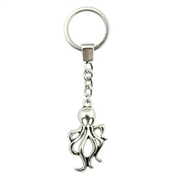 $enCountryForm.capitalKeyWord UK - 6 Pieces Key Chain Women Key Rings For Car Keychains With Charms Octopus 32x17mm