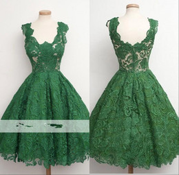 4017baa7f49 2018 Vintage Green Lace A-Line Homecoming Dresses Seen Through Knee Length Short  Prom Dresses Plus Size Vestidos De Festa BC000