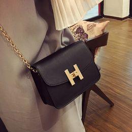 $enCountryForm.capitalKeyWord Canada - Free shipping, new trend women handbags, fashion simple flap, retro Korean version shoulder bag, chain woman messenger bag.