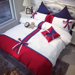 Discount staples beds - 60S Satin Long Stapled Cotton Bedding Suit High End Embroidery Star Quilt Cover Detachable Bowknot British Style Bed Cov