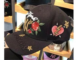 white cap rose NZ - Korean version of the embroidery rose curved skull baseball cap fashion letters cap couple hip hop sun hat
