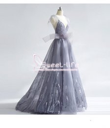 Wholesale tire wear for sale – custom Formal A line Prom Dresses V neck Strapless Backless Lace Appliques Empire Tulle Tired Skirts Floor Length dresses evening wear