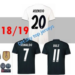 16b2c0ac991 2018 2019 Real madrid Soccer Jersey Ronaldo Modric Kroos Sergio Ramos Bale 2018  2019 ASENSIO ISCO football Shirt Champions League uniform
