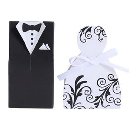 $enCountryForm.capitalKeyWord Australia - Bride And Groom Dresses Wedding Candy Box Gifts Favor Box Wedding Bonbonniere DIY Event Party Supplies X134