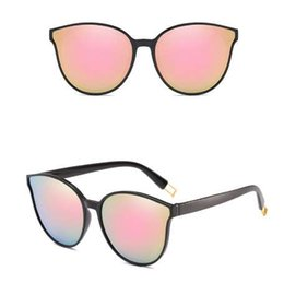 Großhandel Mode Frauen Farbe Luxus Flat Top Cat Eye Sonnenbrille Elegante oculos de sol Männer Twin Beam übergroße Sonnenbrille UV400