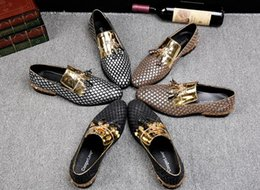 fu le shoes Canada - Tassel gold hairdresser trend fashion British wind leather hair stylist Le Fu shoes hair stylist tide shoes DHA48