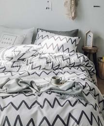 $enCountryForm.capitalKeyWord Australia - Stripes, cartoon, print white black Home textile Bed Linens 4pcs Bedding Sets bedclothes Duvet Cover Bed Sheet pillowcase set