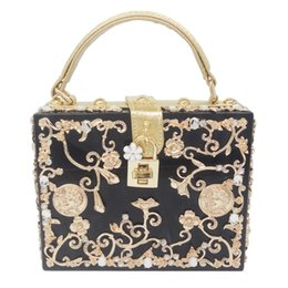 case american 2019 - Light Blue Acrylic Metal Floral Appliques Crystal Women Shoulder Handbags Crossbody Bags Hard Case Trunk Ladies Box Clut