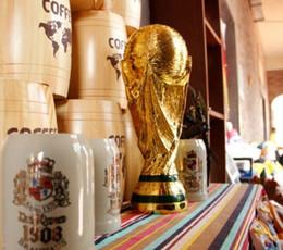 2018 Troféu da Copa do Mundo de Ouro Modelo de Ouro tamanho Completo 37 cm artesanato de Resina o Campeão França troféu de Futebol lembrança do fã Decoração venda por atacado