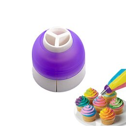Cupcake Holes Australia - 3 Holes Cake Converter Mix 3 Colors Icing Piping Nozzle Converter For Cupcake Decoration Cake Tools