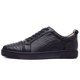 bc40c1e208d Black whit Python Leather Red Bottom Shoes For Men Low Cut Designer  Snakeskin Skate Sneakers Mens Womens Flat Casual Shoes Brand New Comfort