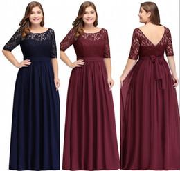 Bleu marine foncé Bourgogne demi-manches longues Plus Size robes de bal en dentelle Top une ligne en mousseline de soie V Retour robes de mère de mariée robes pas cher en Solde