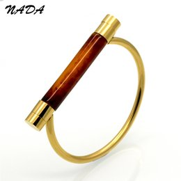 D shapeD jewelry online shopping - Stainless Steel Vachette Clasp Gold Color Bracelet for Women Bangle Fashion Bracelet Jewelry D Shape Bangle B18120