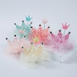 $enCountryForm.capitalKeyWord NZ - 60pcs lot 2018 New Spring Baby Sequins Princess Crown Hair Clips Cute Kids Hair New Arrival Pink Color Hairpins Korean materials
