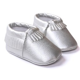 $enCountryForm.capitalKeyWord UK - New Shine Pink Genuine Leather Baby moccasins First Walkers Soft Rose gold Baby girl shoes infant Fringe Shoes 0-18month 17Dec29