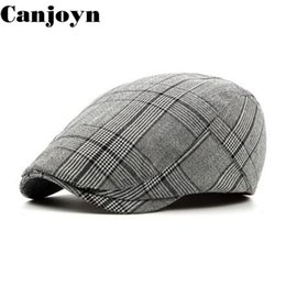 20ec57968f0 Canjoyn 2018 Classic hats for women Men Adjustable Berets cap Spring Summer  Autumn Visor