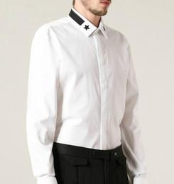 Venta al por mayor de Venta al por mayor-El más nuevo 2016 camisas de manga larga de diseñador para hombres Runway de cinco puntas Star Collar Hombre Camisas Negro Blanco Envío Gratis