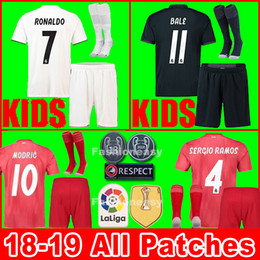 Real madrid jerseys kids kit boys 2018 2019 soccer jersey ASENSIO VINICIUS  MODRIC JR football shirt uniforms BALE RAMOS 18 19 ISCO camiseta 3d6d647fe