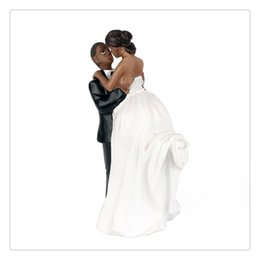 Wholesale Hot Sale Beautiful creativity African American Romance Wedding Anniversary Cake Toppers Couple Happy Bride and Groom