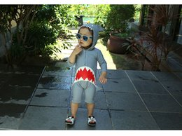 children swimming suits wholesale 2019 - Boys and girls One-piece swimsuit fashion new children shark pattern hooded swimwear kids zipper long sleeve Diving suit