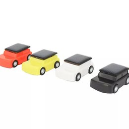 Small Child Toy Car UK - Smallest solar Toy DIY Car Kit Solar energy toys Jeep car Children Educational Gadget solar energy toys Multicolor Worldwide free shipping
