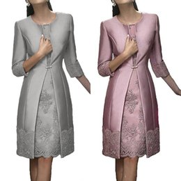 Discount knee length wedding dress jacket - Elegant Two Piece Mother Of The Bride Dresses Formal Wear With Jacket Fashion Lace Applique Knee Length Wedding Guest Dr