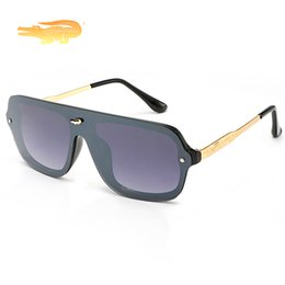 Venta al por mayor de 2019 de lujo de gran tamaño gafas de sol mujeres hombres diseñador de la marca espejo gafas de sol Oculos Lunette De Sol Feminino Gafas Mujer hombre