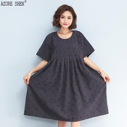 a19fe57ad808  AZURE SHEN  2018 New Spring fashion tide round collar simple cotton linen  loose big size plaid hole A-line dress women QC261
