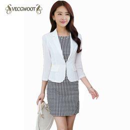 Blazers Short Coat Canada - 2018New Spring Women Blazer Jacket Fashion Slim Three quarter sleeve Suit Coat Casual Short Outerwear Thin Korean Jacket WLX1065