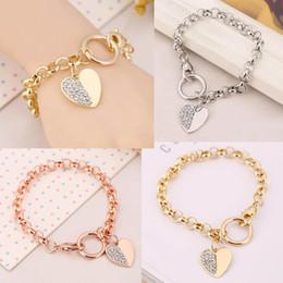 $enCountryForm.capitalKeyWord NZ - New Fashion O-shape Link Bracelet Chain Crystal Rhinestone Heart Shape Pendant Bangle Brand Letters Logo Bracelet Women Party Jewelry Gift